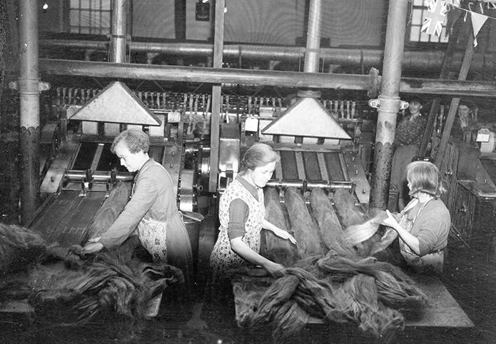 Linen Ladies: Reclaiming Ireland's female textile heritage - The